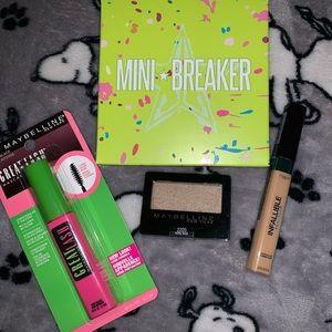 Jeffree Star Mini Breaker eyeshadow